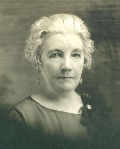 Laura Ingalls Wilder at 70. Hoover Library