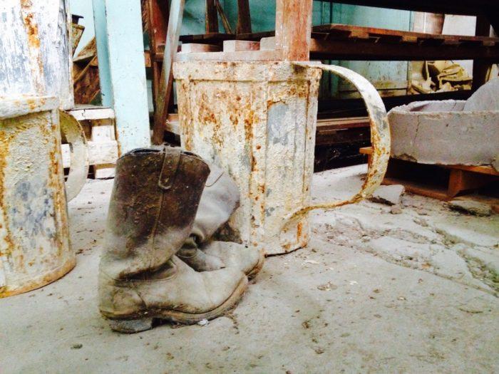 Medicine Hat Potteries (Hycroft) shut down in 1986.